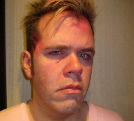perez hilton punched. Perez Hilton Punched By Black